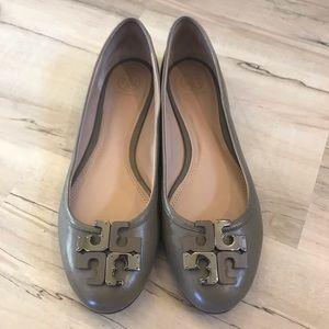 Shoes - Tory Burch Flats